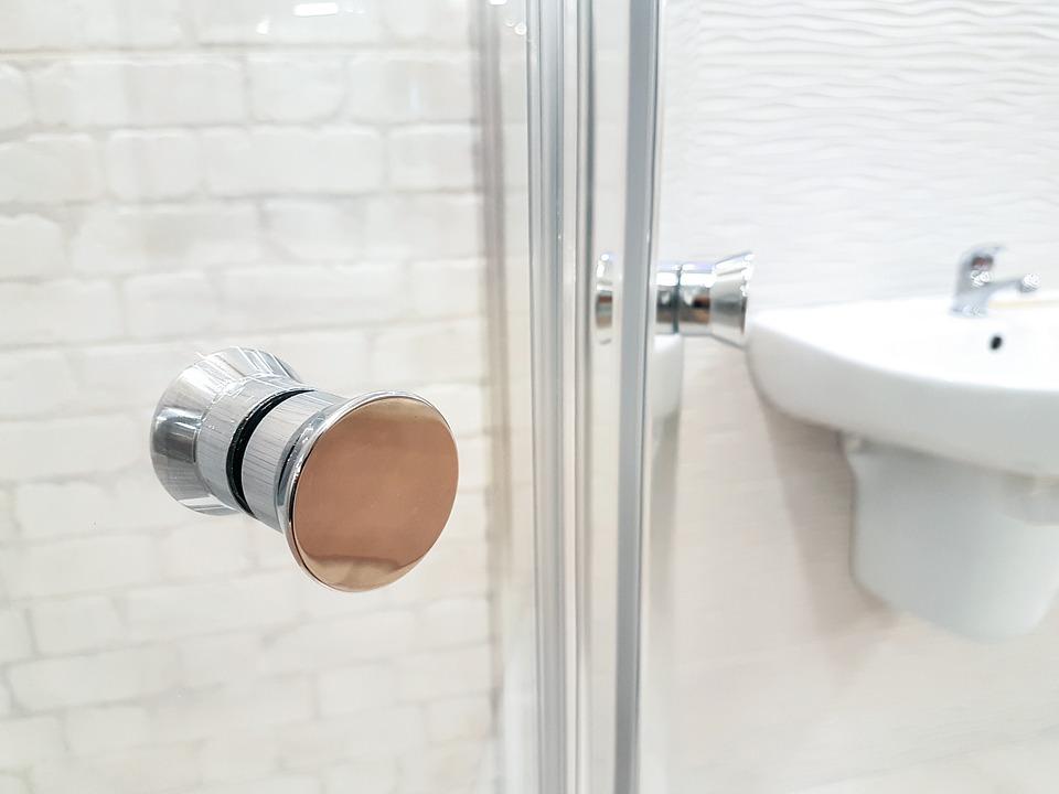 Brodzik walk-in – idealny do nowoczesnej łazienki